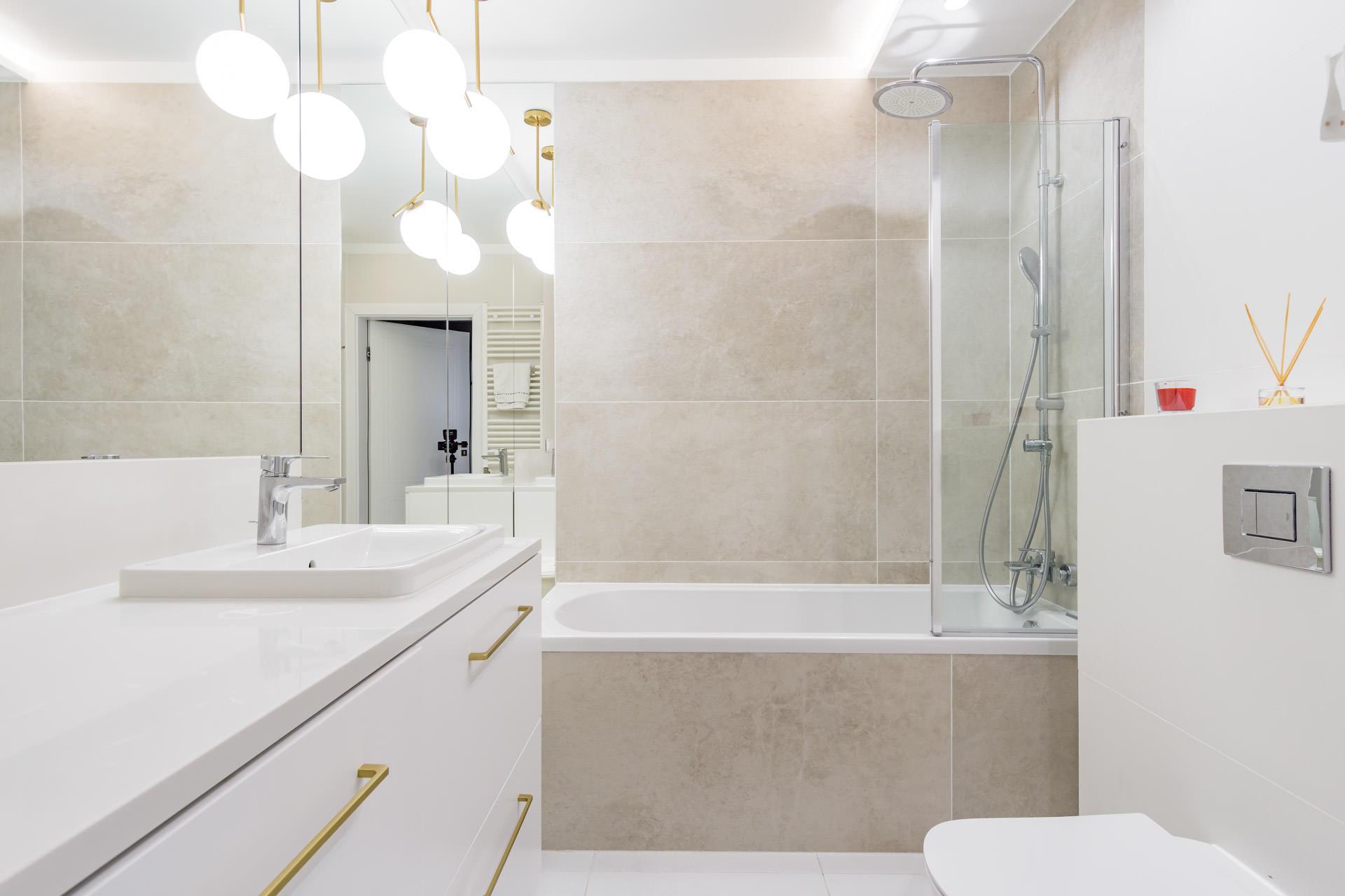 łazienka – mieszkanie na sprzedaż