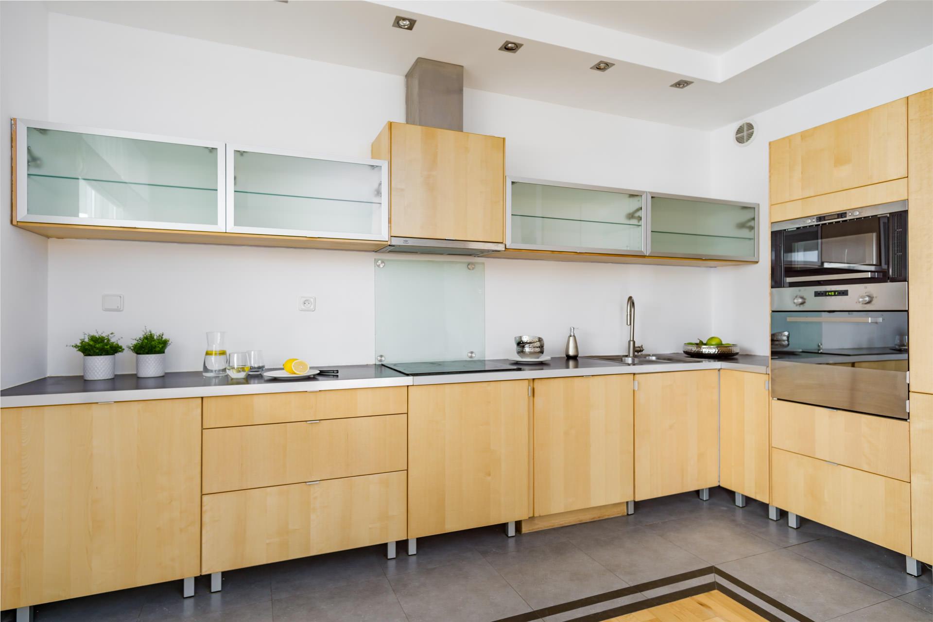 home-staging odświeżona kuchnia