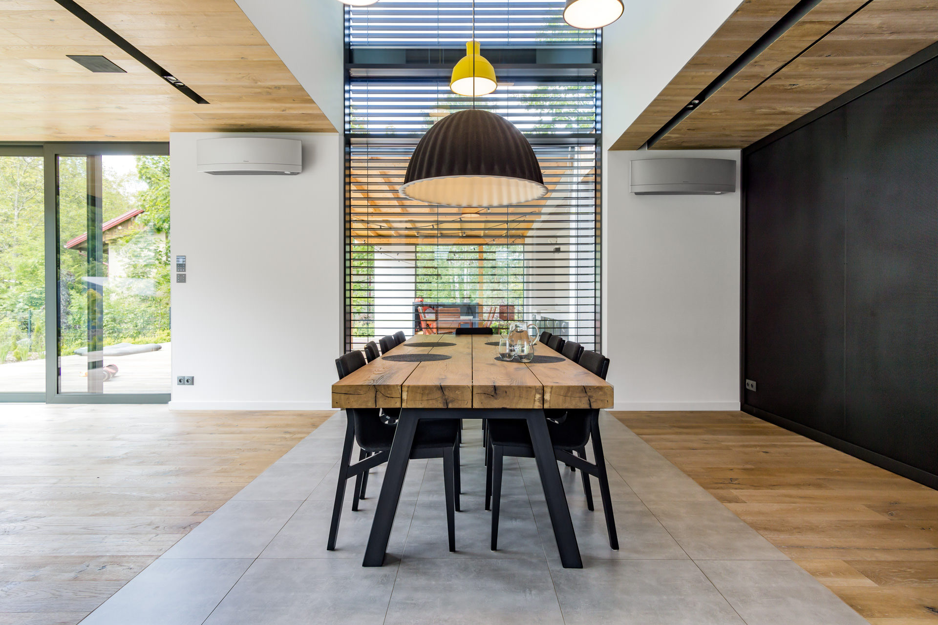 Zdjęcia wnętrz nowoczesnego luksusowego domu